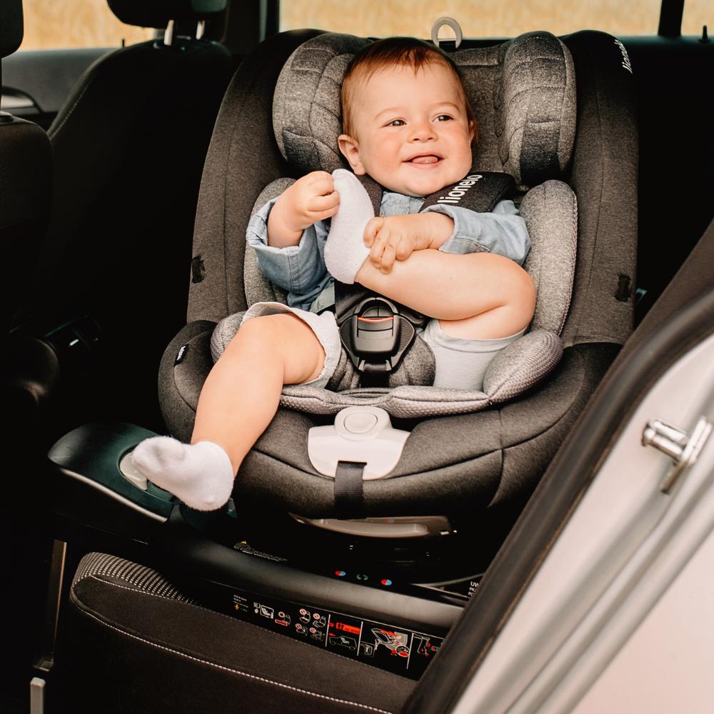 Kötelező biztonságos autós gyerekülést választani